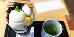 京都で着物を着て抹茶を堪能する