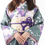 季節問わず京都の街並みを着物で観光する