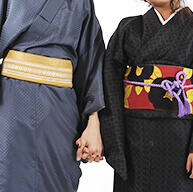 様々なデザインの着物を多数ご用意