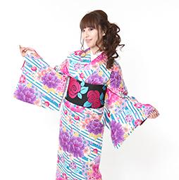 人気の着物をレンタルして京都を観光