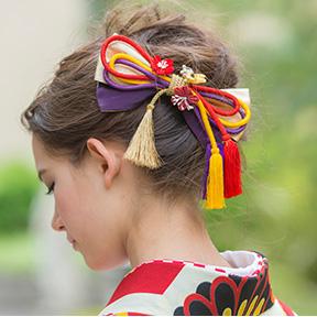 着物に合った髪飾りをセット
