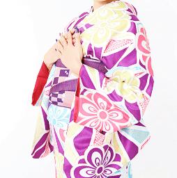 着物の人気デザインを京都でレンタル