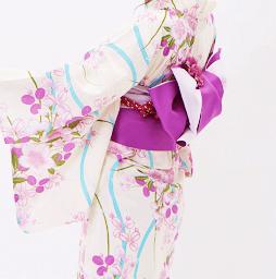 京都で人気のゆかたをレンタル予約