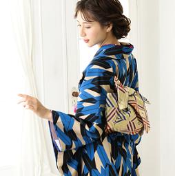 京都で人気のおすすめ着物画像の帯